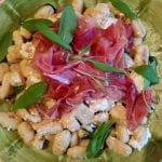 Gnocchi-vitlök-bryntsmör-ricotta-Parma-salvia