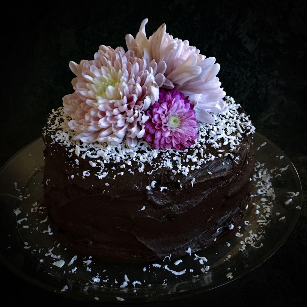 Måns har bakat min b-day cake med recept från @alskaattbaka