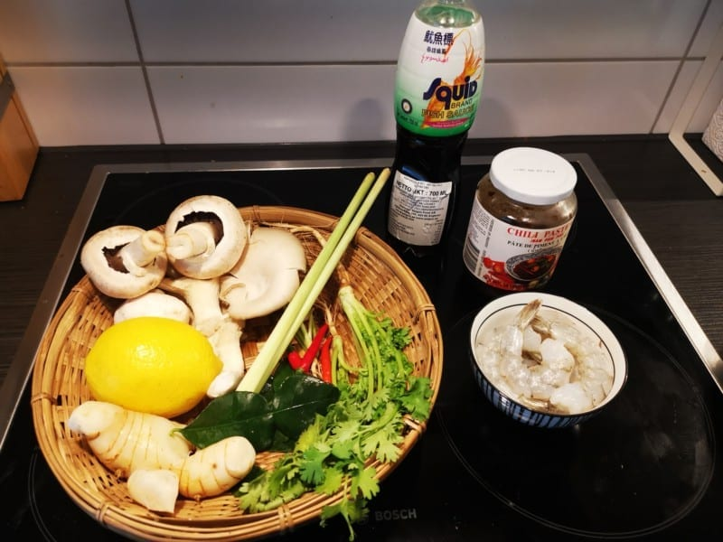 Tom yum goong ingredienser